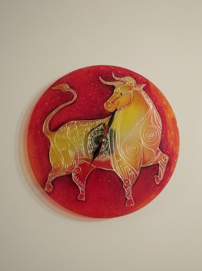 HAND-PAINTED GLASS CLOCK IN HONOR OF THE YEAR OF THE WHITE METAL OX